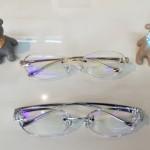 プリズムメガネの写真